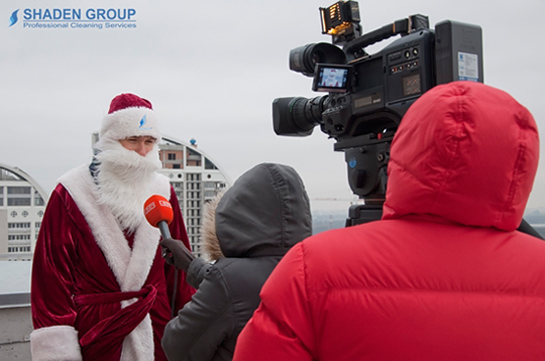 В канун нового года один из наших альпинистов поздравил всех украинцев c Новым годом и Рождеством
